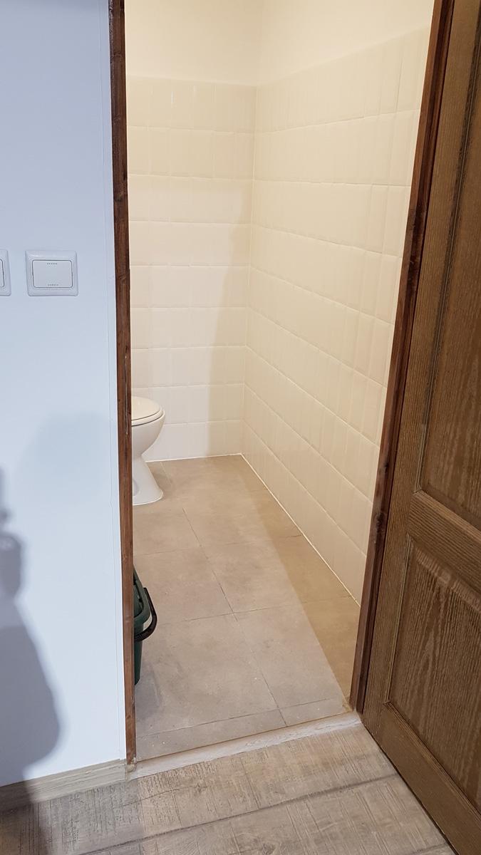 amenajare baie spatiu com. gresie, faianta , ob. sanitare